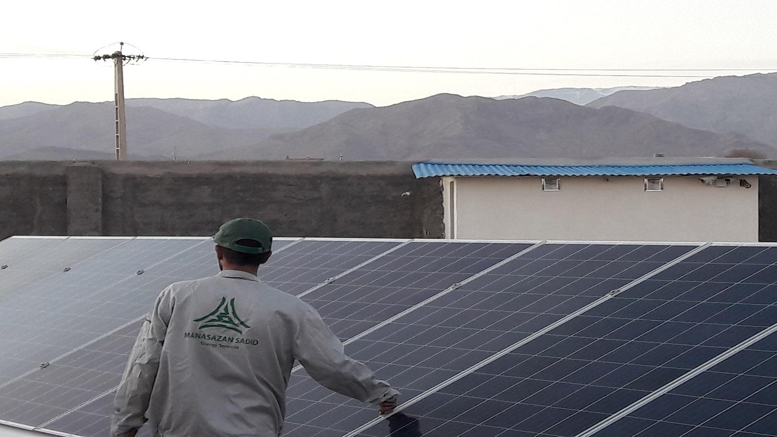 کم توجهی به تولید پنل های خورشیدی و انرژی پاک